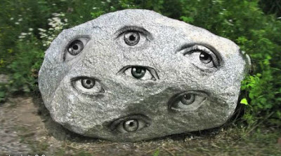 stone-with-seven-eyes